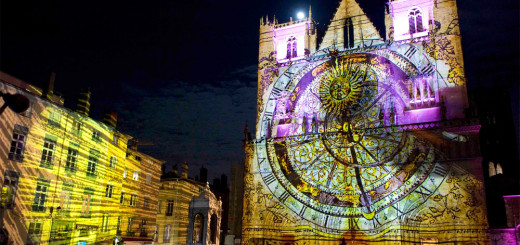 Lyon-Festival-of-Lights-Events-Large-Venue-Projection-Image8